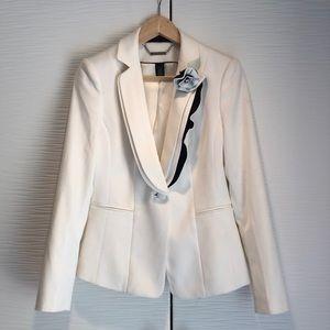 Gorgeous White House Black Market Tuxedo jacket